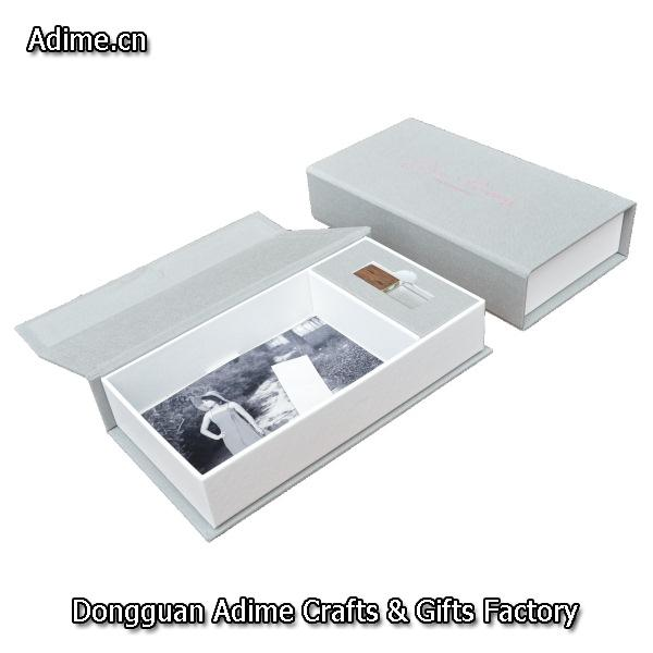 Photo Box with USB Compartment