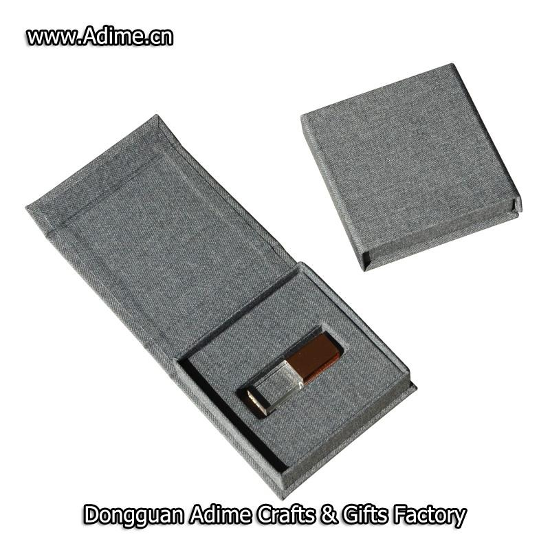 thumb USB drive packaging